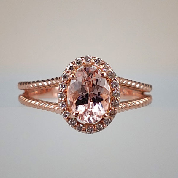 Oval-Cut Morganite w Diamond Halo in Rope-Style Split Shank Rose Gold Setting