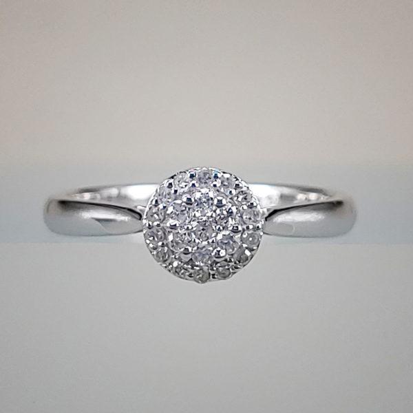 Diamond Cluster Circle w Round Brilliant Diamonds in 10K White Gold