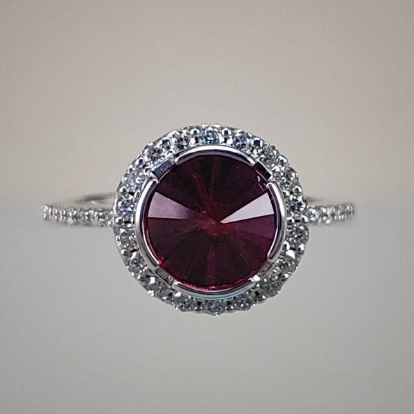 Pavillion-Cut Rhodolite Garnet w Round Brilliant Diamonds
