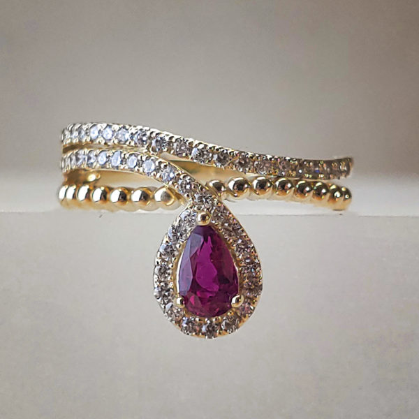 Pear Shaped Ruby in 14k Yellow Gold